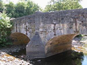 jpg_redLe_vieux_pont_de_Polleur_2_.jpg